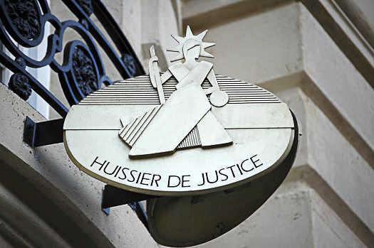 Huissier de justice et détective privé : des compétences à associer